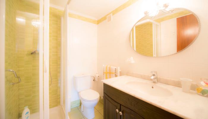 Baño-3-piso-begoña-habitaccion