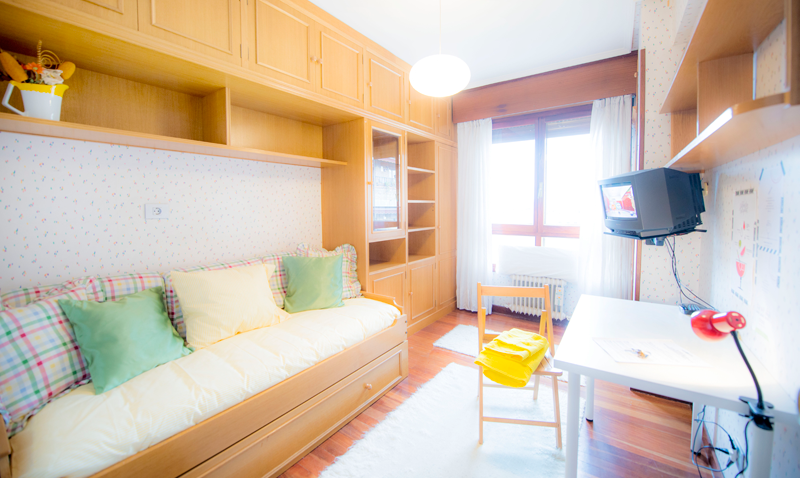 H5-A-piso-begoña-habitaccion