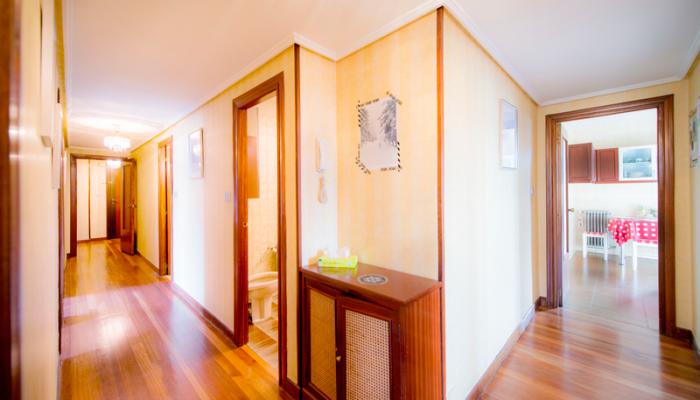 PASILLO-3-piso-begoña-habitaccion