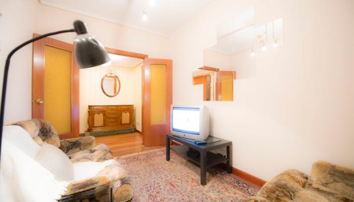 Salón-1-piso-begoña-habitaccion