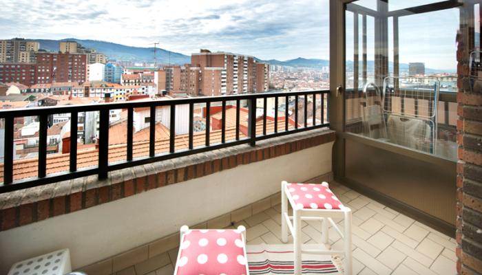 cocina-terraza-piso-begoña-habitaccion