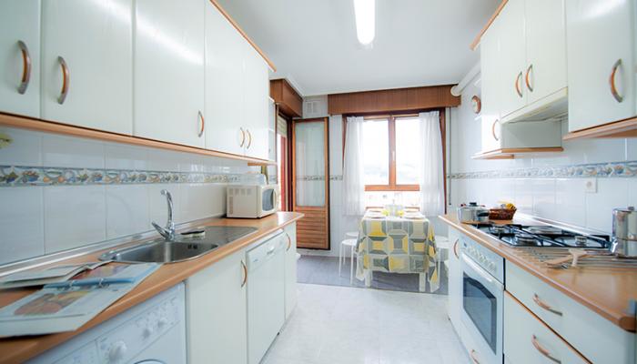 cocina-1-piso-basurto-habitaccion